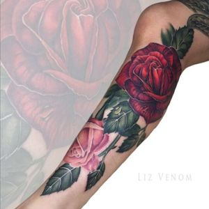 A leg full of #roses done at #leviathantattoogallery in #melbourne #rose #flower #beauty #feminine #floral #flowers #girly #beautiful #amazing #colour #color #colourful #colorful #lizvenom #botanical #vintage #classical #painterly
