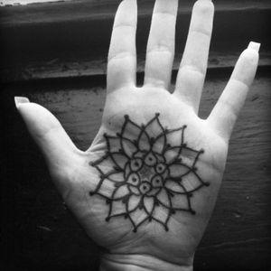 Palm mandala by Jason McGarry. #mandala #palmtattoo #palm #JasonMcGarry #blackwork