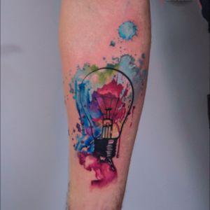 #JuniTattssTattoo #JuniTattss #tattooaquarela #LampTattoo #watercolortattoo