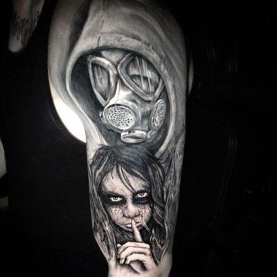 #tattoo #shaunloyer Done by Shaun Loyer @ Distinctive Body Art Studio in San Clemente CA Instagram is @inkedlife1979 or @dba_tattoo #gasmask #wisper #creepy #deadgirl #zombie #virus #blackandgrey