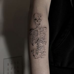 #singleneedle #skeleton #flowers #arm #danilodelfino