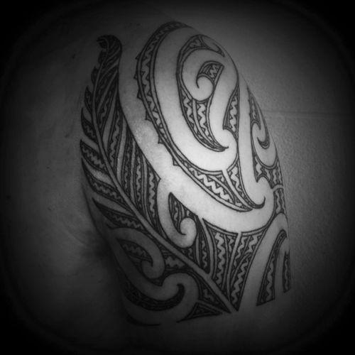 Shoulder moko #tamoko #whakapapa #mokomaori #pokoiwi #maoritattoostudio #maori