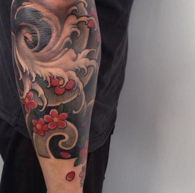 Waves and cherryblossoms. #fingerwaves #japanese #irezumi #cherryblossom #tattoodo #wearesorrymom