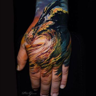 Phil Garcia. #tattoodo #TattoodoApp #TattoodoBR #tatuagem #tattoo #onda #wave #realismo #realism #PhilGarcia