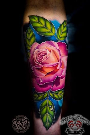 A super fun rose tattoo I did at the Inked hearts tattoo convention in Northern California. #tattoo #tattoos #ink #inked #tattooidea #tattooideas #amazingtattoos #realismtattoo #femininetattoos #tattoodesign #besttattoos #amazingtattoo #superbtattoos #