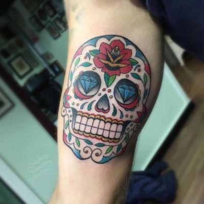 A sugar skull for Damien. #lewishazlewood #lewishazlewoodtattoo #staganddaggertattoo #somerset #uk #sugarskull #sugarskulltattoo #candyskull #candyskulltattoo #dayofthedead #dayofthedeadtattoo #dotd #colourtattoo