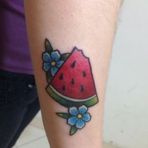 #sandia #patilla #tattoocolor #@albenystattoostudio @albenisalonso #tattoocolombia #tattooancolors