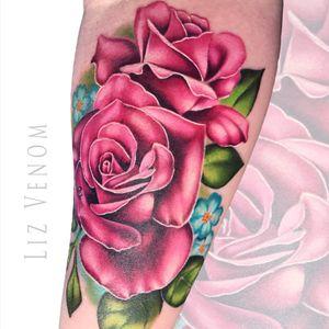 A #pinkrose tattoo I did in #california #roses #rose #flower #floral #inkedgirls #feminine #girly #pretty #floribunda #botanical #posy #vintage #arm #forearm #color #colour #canada #australia #canadian #edmonton