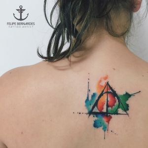 Harry Potter watercolor Tattoo #harrypottertattoo #tattoo #watercolor #watercolour #watercolortattoo #felipebernardes #aqurela #maoritattoostudio #brazil #tattooartist