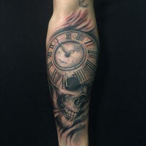 #skulltattoo #tattoomagazine #tattooartist #realistictattoo #blackandgreytattoo