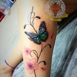 #GuaraTatuagem  #GuaraTatuagemBarra  #RicardoMarinho13 #GTAC #DezCinquentaeCinco #MastersInk #Freehand #colortattoo #butterfly