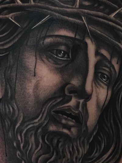 #jesus #traditionaltattoo #blackandgrey #ochoplacastattoo #miami #javierbetancourt #realism #religious #detail