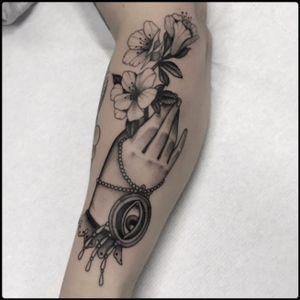 #black #hand #azalea #tattoo #blackwork #totemica #ontheroad