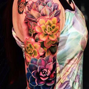 #KevinFurness #flowers#sleeve#butterfly #lotus