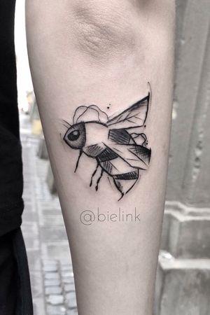 #poland #polandtattoos #bee #beetattoo #black #blackink #blackwork #dark