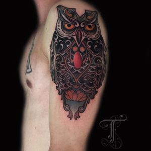 Amazing #owl by @taiobatattoo  For info or bookings pls contact us at art@royaltattoo.com or call us at + 45 49302770 #taiobatattoo #royaltattoo #royaltattodk #owl #owltattoo #royaltattoodenmark #tattoodenmark #tattooingdeenmark #denmark #helsingør #elsinore #royalink #customtattoos