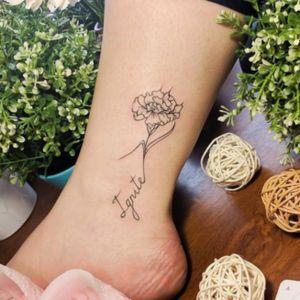 Flowers on the ankle #minitattoo #minimalismtattoo #smalltattoo #smaltattoos #tinytattoo #tinytattoos #minimalism #tattoo #tattoogirls #tattoographic #linework #lineworktattoo #Fineline #finelinetattoo #fineLineTattoos #alisovatattoo #AlisaAlisova