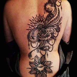 #tattooworkers #tattoo #tattooGirls #tattooartist #tattooink