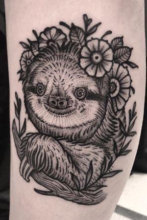 #blackwork #black #blackworkers #sloth #animal #tattoo #ink #bloodmooncollective #tattoooftheday