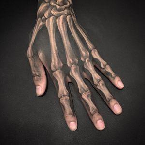 #skeletontattoo #handtattoo #backandwhite #blackandgrey