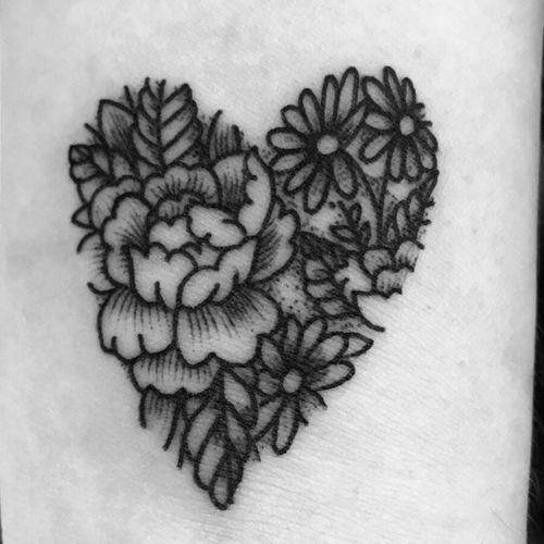 Flower heart  #blackandgrey #floraltattoo #flowers #hearttattoo