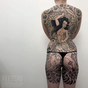 Background done @delight_tattoo_needles @inkedbabes #delightneedles #irezumism #picoftheday #reclaimthedots #irezumistudy #video #videooftheday #japan #japantattoo #dragon #babes #inkedbabes #awesome #best #backpack #backpiece #tamatorihime #tattoo #tattoolife #traditional #irezumism #ink #reclaimthedots #tattoodo #art #wabori