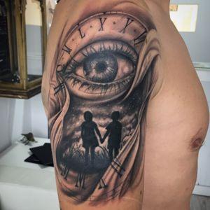 #realistictattoo #blackandgrey #blackandgreytattoo #tattoospain #eyetattoo #father #sons