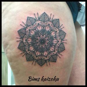 #bims #bimskaizoku #bimstattoo #mandala #mandalastyle #paris #paname #paristattoo #ink #inked #inkedgirl #tatouage #tatouages #tatoueur #tattooworkers #tattoomodel #tattoo #tattoos #tatt #tattoogirl #tattoolover #tattooing #tattooartist #tattoodo #tattoo2me #tattedgirls #tattootime #tatts