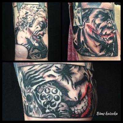 HaHahAAhhAa LE JOKER #bims #bimstattoo #bimskaizoku #paris #paname #paristattoo #joker #lejoker #clown #batman #gotham #suicidesquad #comics #bandedessinee #bd #tatouage #blackandgrey #vignette #blackworkerssubmission #blackworkers #blxcktattoo #blacktattoo #tattoo #tattrx #tattooer #tatts #tattoodo #tattoostyle #tattoogirl @batman.official @joker.lovers @joker.harleyquinn @batman_dccomics @batman @batman_dccomics