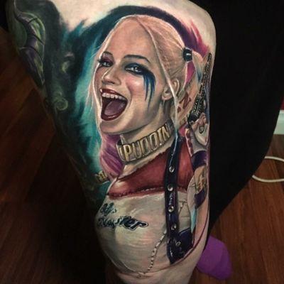 Harley quinn #tattoodo #tattoodoapp #harleyquinn #suicidesquad #colour #colorrealism #realism #tattoo #movie