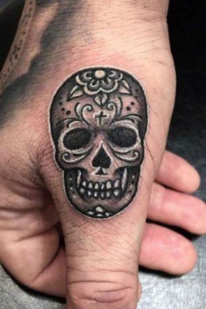 #skull #skulltattoo #skulls #sugarskull #thumbtattoo #tatted #tatoooftheday #inked #ink #blackandgrey #Black #blackandgreytattoo #dark #DarkTattoos #twisted #hand #handtattoo #skilled #knuckletattoos #knuckles #girlswithtattoos #guyswithtattoos #tattooapprentice #tattoo2me #tattooartistmagazine #tattooartists #tattooaddiction