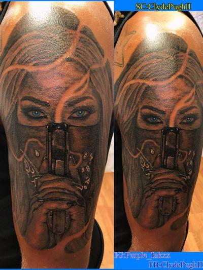 #Purple_Inkxx #realistic #tattooartist #lady #halfsleeve #gun #tattoo #blackandgrey #blueeyes