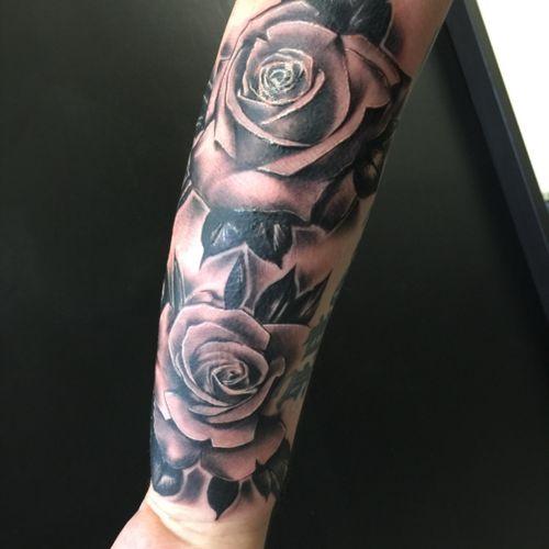 #tattoooftheday #tattooartist #pain #ink #rotaries #cheyenne #hawkpencoloredition #cute #girly #boyswithtats #buzz #girlswithtats #belfast #grayscale #buzz #dynamic #tattooartistsni #belfast #supremacy #travelpod #hulksuperbond #industrystandard #ulsterinkmag #ulster_ink #tattoo #tattoooftheday #studio13 #uktta #rosestattoo