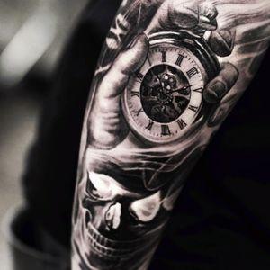 #fyink #3D #hyperrealism #clock #hand #skull