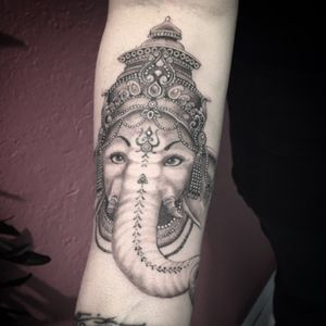 #ganesh #ganeshtattoo #tattoo #blackandgrey #blackandgreytattoo #blackAndWhite #lespetitspointsdefanny