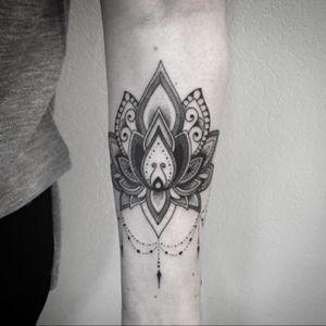 #tattoo #lotus #lotustattoo #mandala #lotusmandala #lespetitspointsdefanny