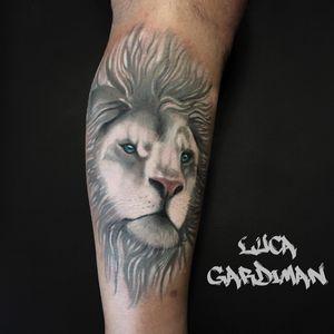 ⚜️WHITE LION⚜️ #tattoooftheday #realism #lion #liontattoo #followme https://www.instagram.com/luca_gardiman