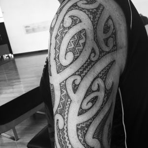 Moko sleeve #moko #maori #tamoko #sleevetattoo #tattooupperarm #upperarm