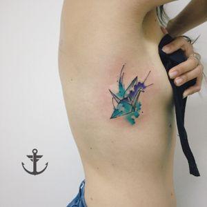 Tsuru watercolor by Felipe Bernardes #tattoo #tatuagem #tsuru #bird #blue #aquarela #tattooaquarela #watercolor #watercolour #girl #TattooGirl #love #colors #felipebernardes #brasil