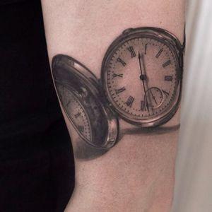 #realistic #blackandgrey #pocketwatch #timepiece #NikiNorberg