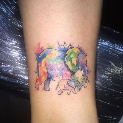 Watercolor mother elephant and baby #watercolor #pstrokes_tattoos #elephant #elephants #animal