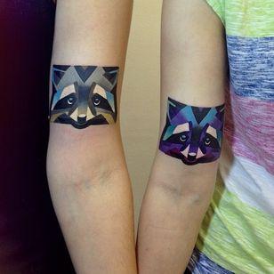 #sashaunisex #geometricwatercolor #raccoon #animal #color