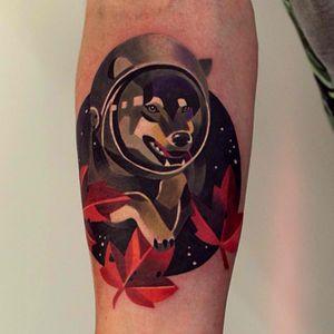 #sashaunisex #geometricwatercolor #wolf #astronaut