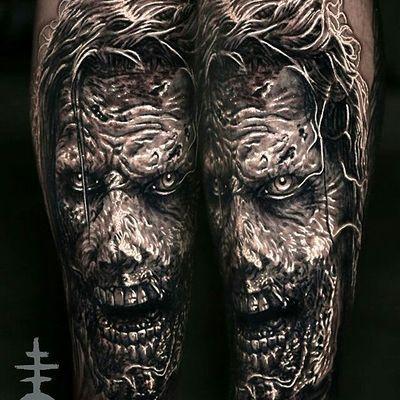 I have so much fun doing this horror/gory stuff. By Mori. #zombie #zombietattoo #horror #gore #elmori #elmoritattoo