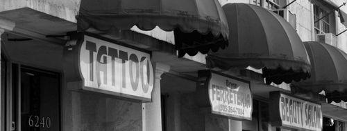 Ocho Placas Tattoo Company