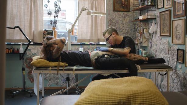 SESSIONS: Simon Gyllstrom at Sanctum Tattoo - Stockholm, Sweden