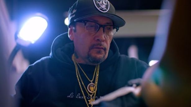 SESSIONS: Freddy Negrete at Musink Fest